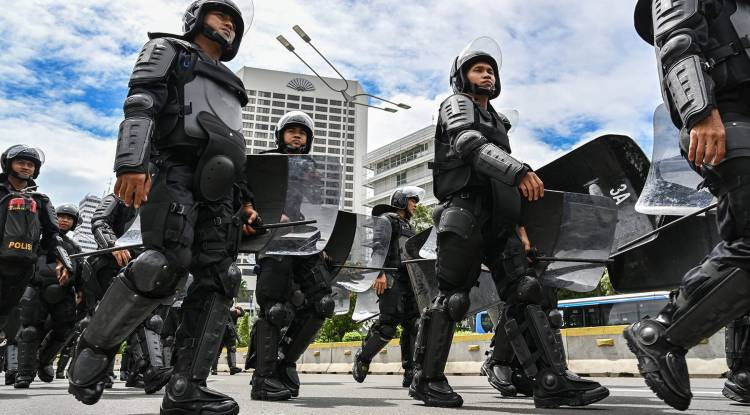 Do Indonesians trust their police?