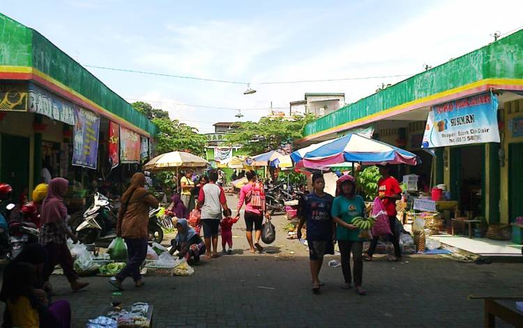The SemBaKo of Indonesian village commerce