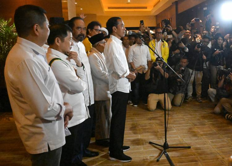 Early results show Indonesian president romps to re-election