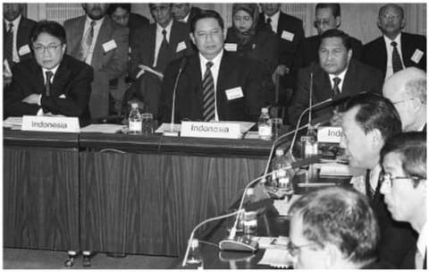 Behind-the-Scenes: Fragments  of the Aceh Peace Process in Indonesia